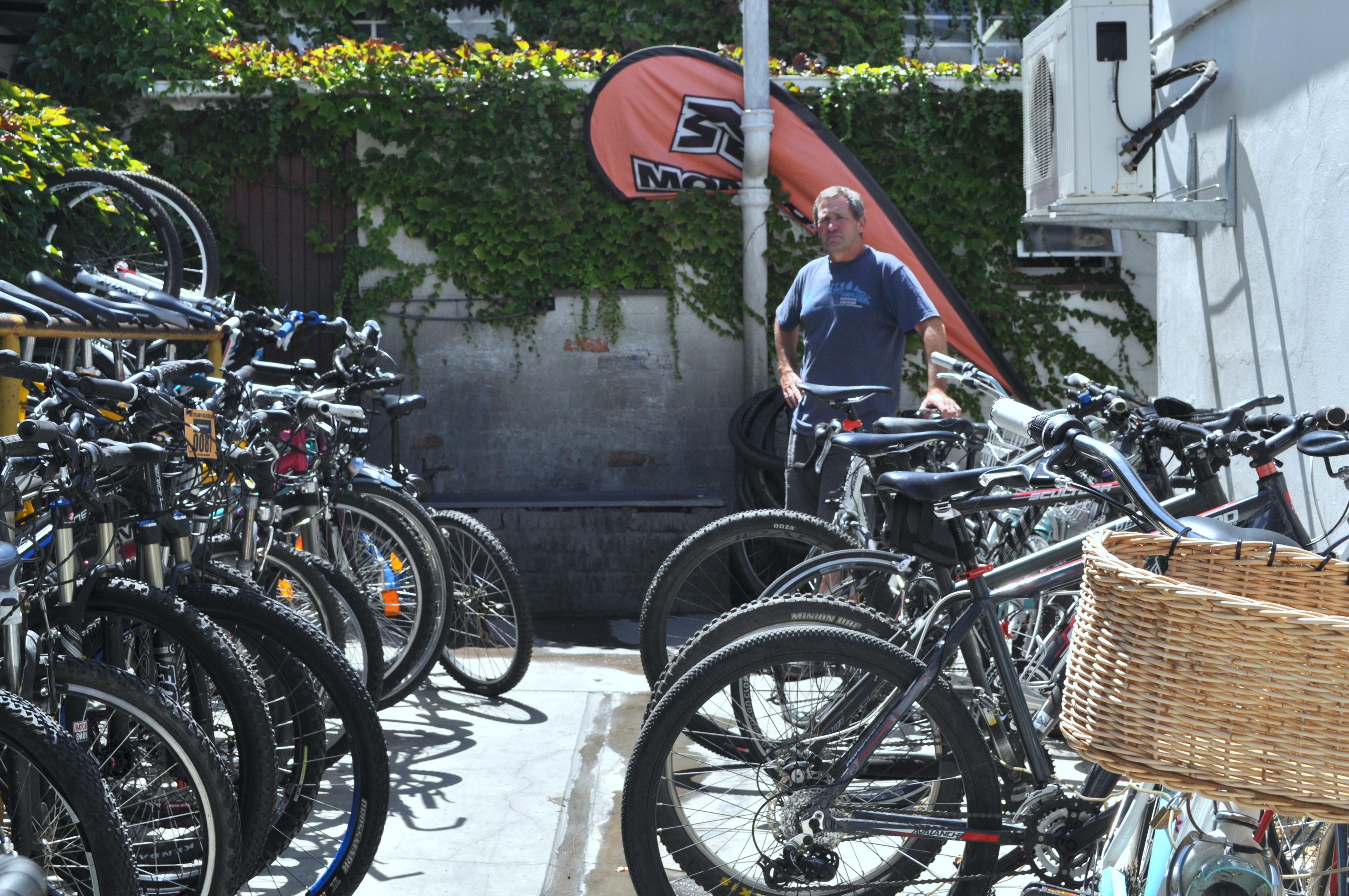 Mason's Bike Inn verskaf nou veilige fietsparkering in die middedorp
